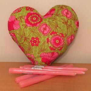 Other - Heart shape throw pillow